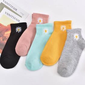 网红爆款6双装可爱小菊短袜