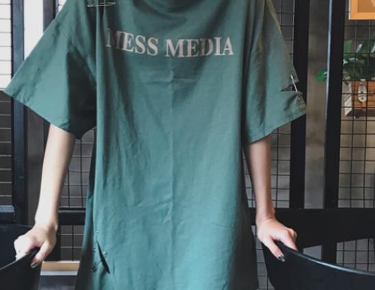 长款t恤怎么搭配